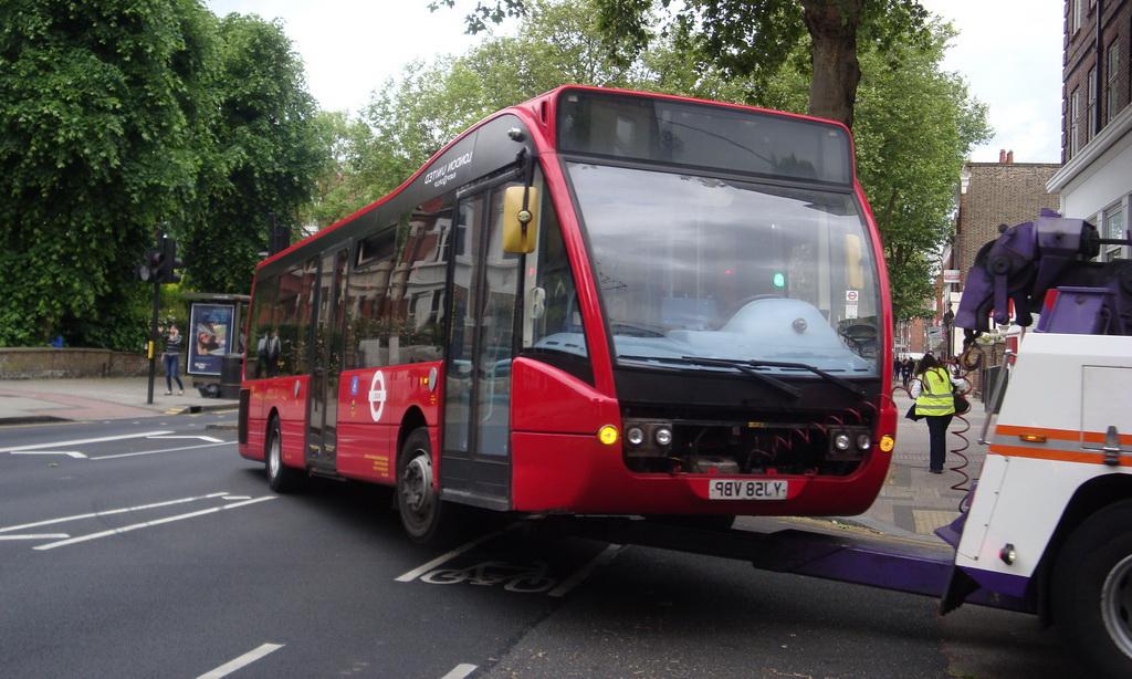 Вызвать эвакуатор для автобуса